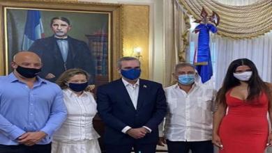 Photo of Vin Diesel se reúne en la casa de Gobierno.